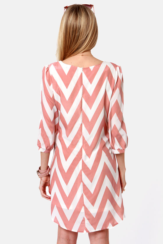 Pack Your Zigzags Blush Pink Chevron Print Dress at Lulus.com!