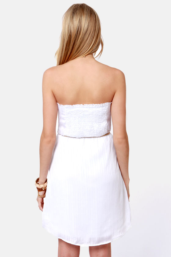Volcom Sail to the Stone Strapless White Dress at Lulus.com!