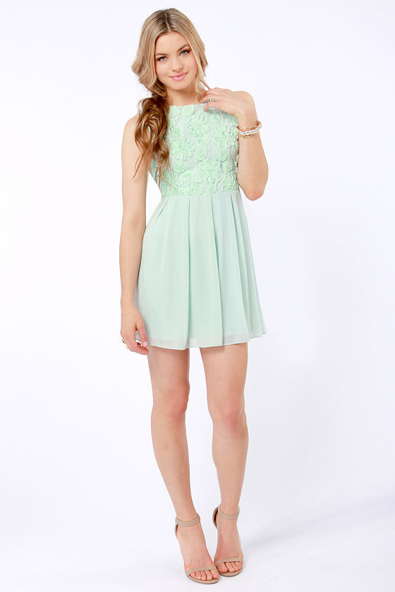 TFNC Sarah Mint Green Lace Dress at Lulus.com!