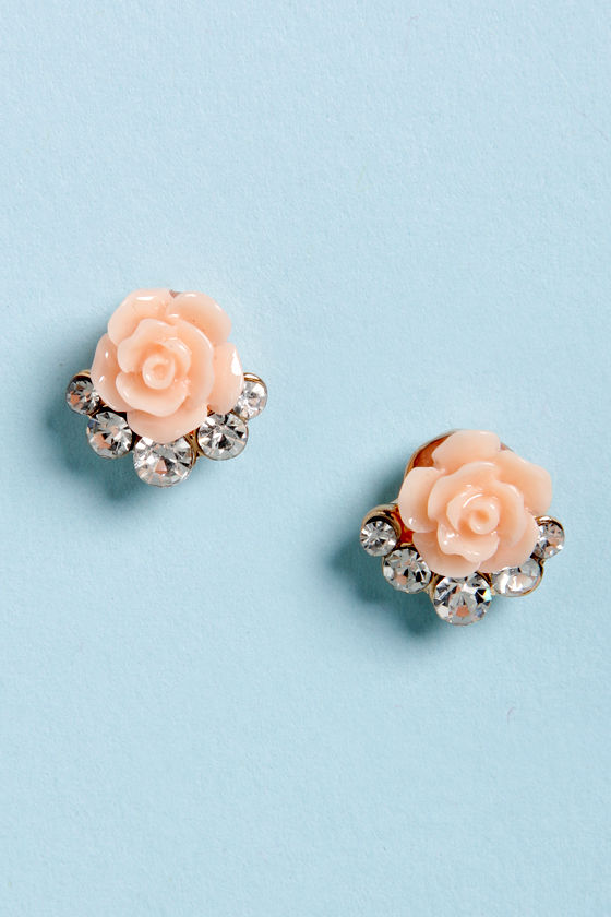 Rose is Me Peach Rose Earrings at Lulus.com!
