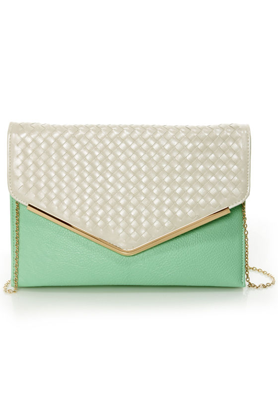 Good Weave-ning Beige and Mint Clutch at Lulus.com!