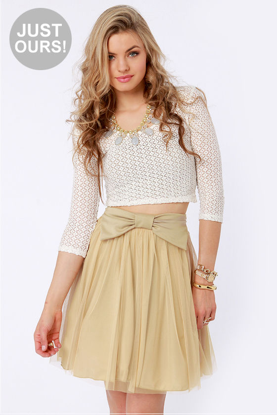 LULUS Exclusive Bow Pro Beige Skater Skirt at Lulus.com!