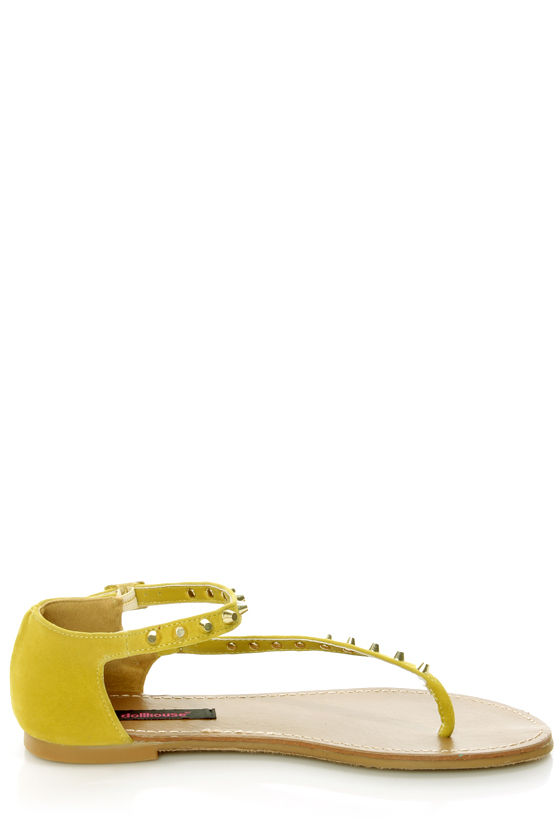 Dollhouse Sky Mustard Yellow Studded Thong Sandals at Lulus.com!