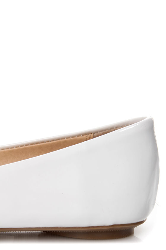 City Classified Hera White Patent Toe-Buckle Ballet Flats at Lulus.com!