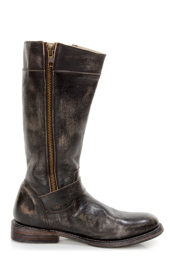 Bed Stu Gogo Black Hand Wash Leather Belted Riding Boots at Lulus.com!
