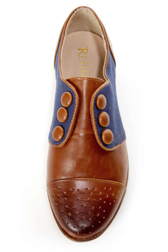 Restricted Bundy Whiskey and Navy Buttoned Oxford Flats at Lulus.com!