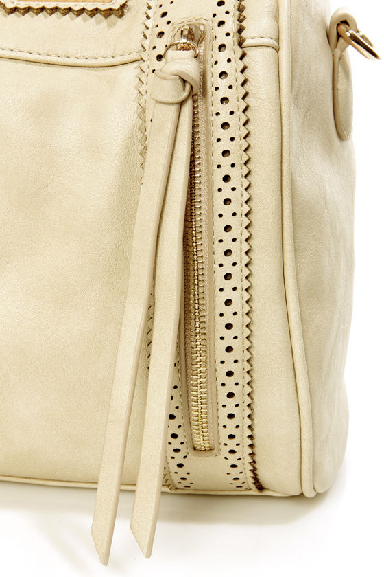 Brogue-in' Dreams Beige Handbag by Urban Expressions at Lulus.com!