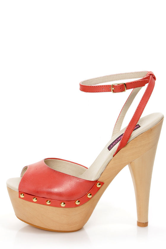 08a84ab28527 Mojo Moxy Candy Apple Red Wooden Platform Heels -  89.00