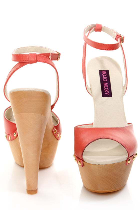 Mojo Moxy Candy Apple Red Wooden Platform Heels - $89.00
