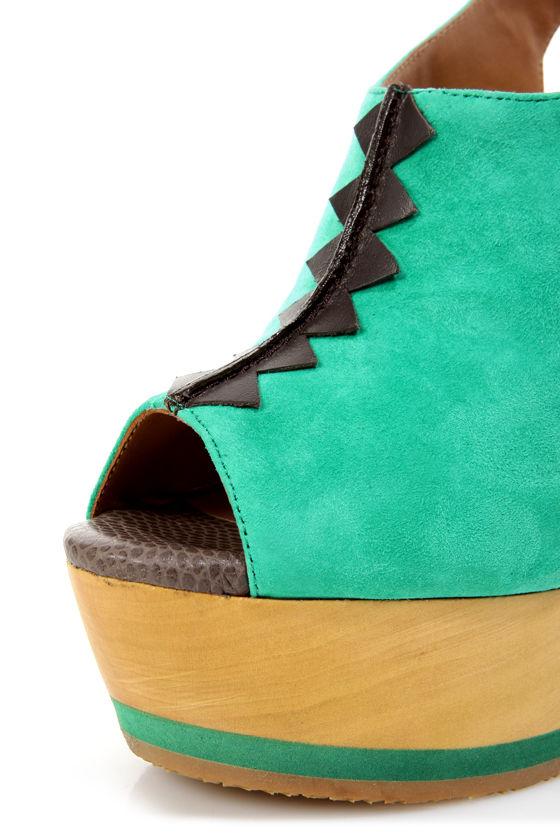 Blonde Ambition Nafita Jade Cutout Peep Toe Clog Platform Heels at Lulus.com!