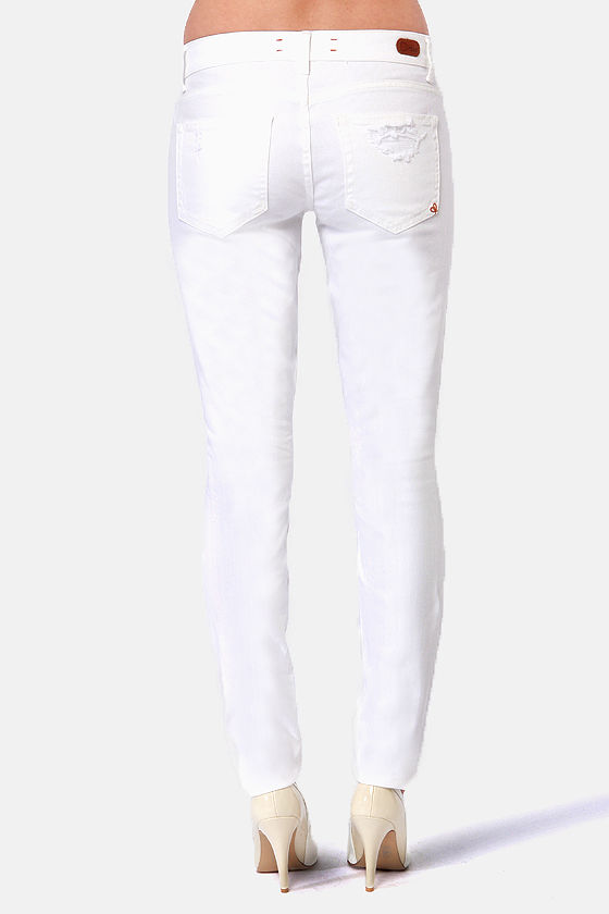 Dittos Dawn Ripped White Skinny Jeans at Lulus.com!