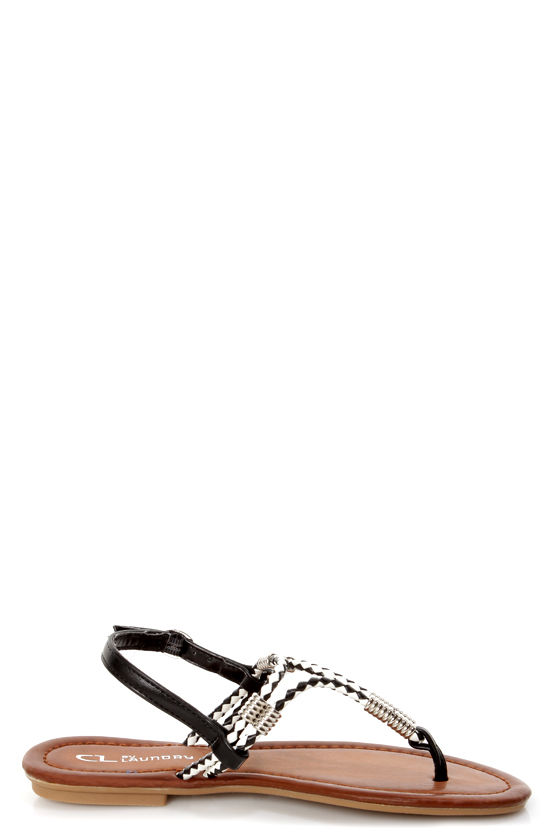 Chinese Laundry Clementina Black and White Braided Thong Sandals at Lulus.com!