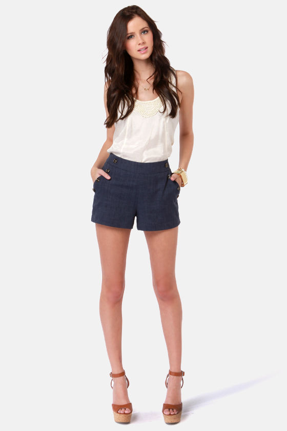 Martha's Vineyard Navy Blue Linen Shorts at Lulus.com!