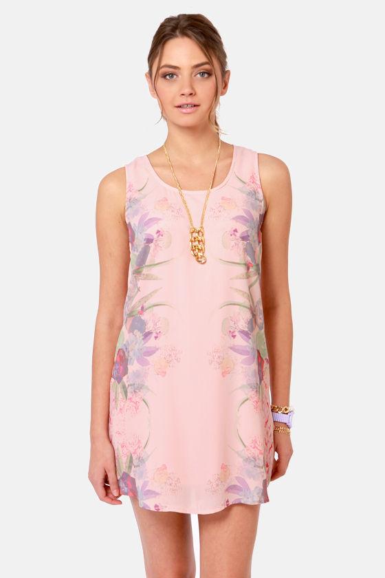 Mirror-est and Dearest Peach Floral Shift Dress at Lulus.com!