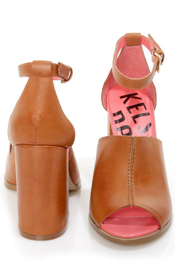 Kelsi Dagger Georgie Luggage Tan Vachetta Slide Heels at Lulus.com!