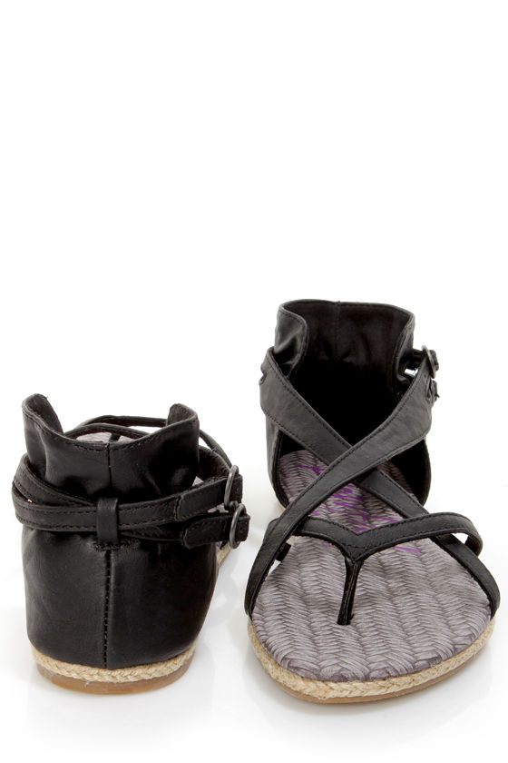 Blowfish Delray Black Relax Strappy Gladiator Sandals at Lulus.com!