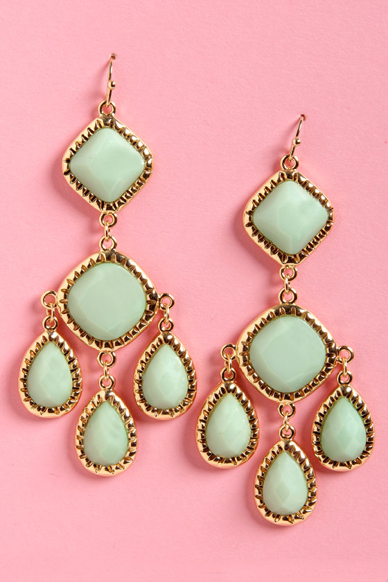 Lend Me Your Chandelier Mint Green Earrings at Lulus.com!