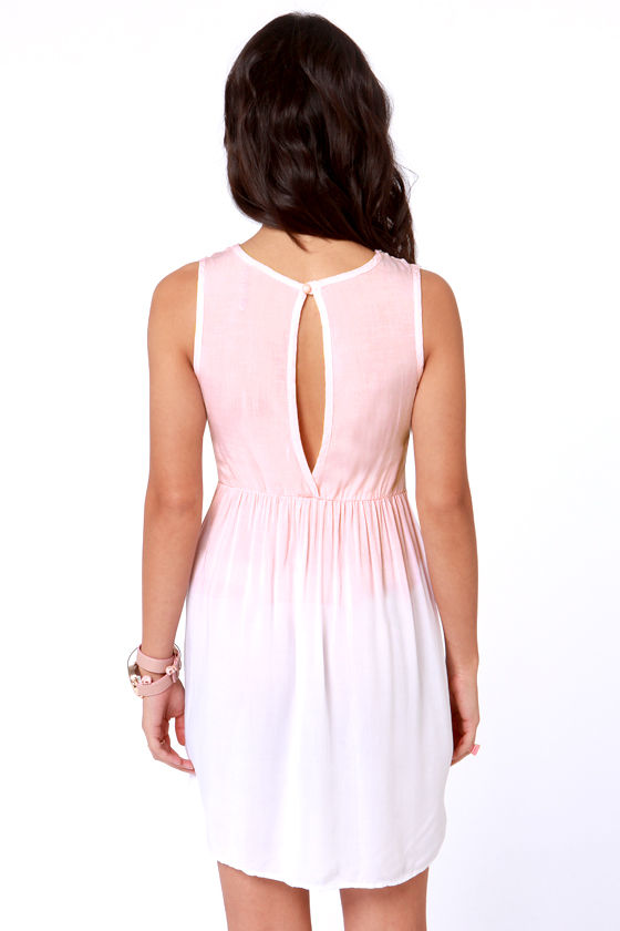 Dip Dye-namite Peach and White Ombre Lace Dress at Lulus.com!