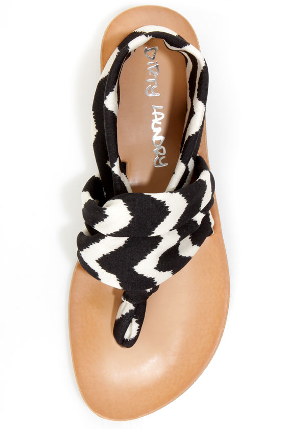 Dirty Laundry Beka 2 Black Zigzag Stretch Thong Sandals at Lulus.com!
