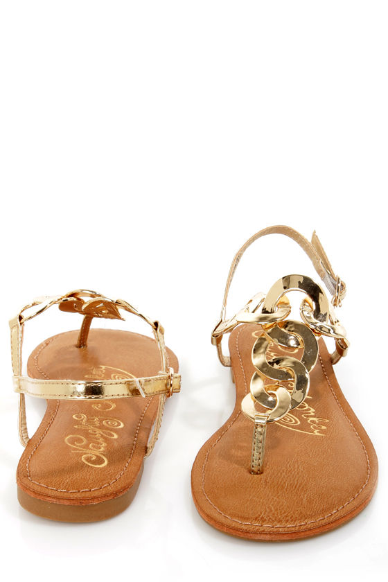 Naughty Monkey Legendary Gold Metal Chain Thong Sandals at Lulus.com!