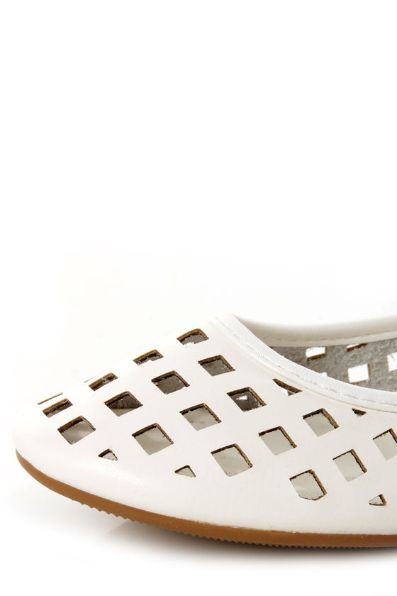 Jaclyn 11 White Ankle Cuff Cutout Flats at Lulus.com!