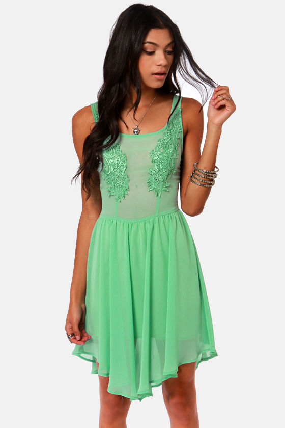 Appli-que Sera Sera Mint Green Lace Dress at Lulus.com!