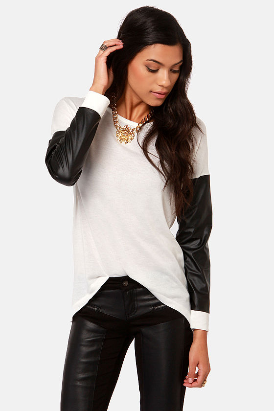 Sleeve-ie Nicks Ivory and Black Sweater Top at Lulus.com!