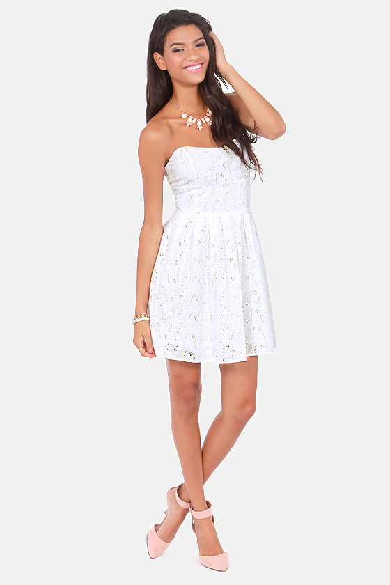 BB Dakota by Jack Patton White Eyelet Lace Dress at Lulus.com!