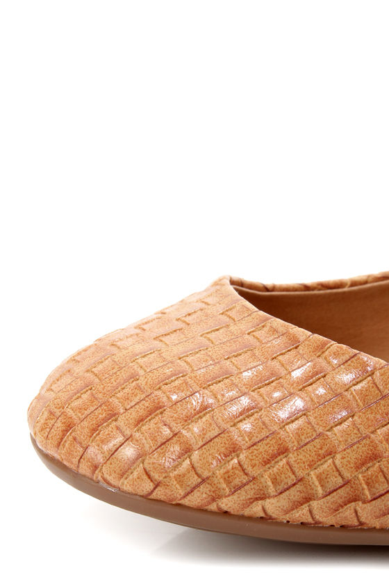 GoMax Sienna 22X Tan Basketweave Ballet Flats at Lulus.com!