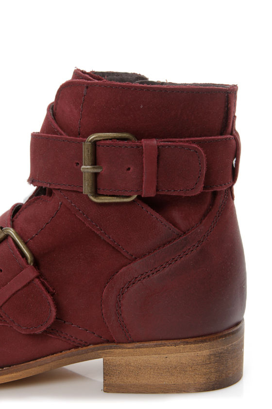 Steve Madden Teritory Burgundy Buckled Ankle Boots at Lulus.com!