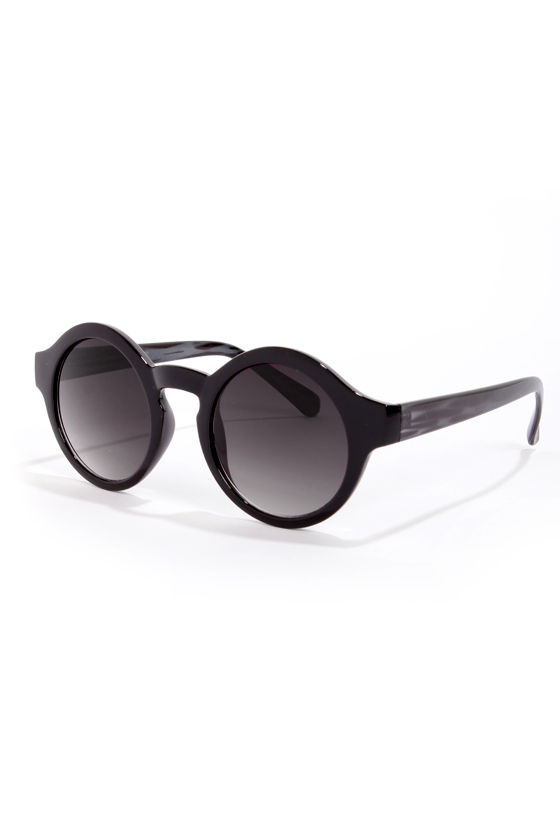 Through the Looking Glass Sunglasses at Lulus.com!