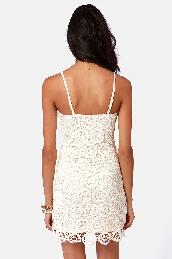 BB Dakota Lynchburg Ivory Lace Dress at Lulus.com!