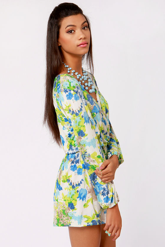 Camellia-on Club Blue Floral Print Romper at Lulus.com!