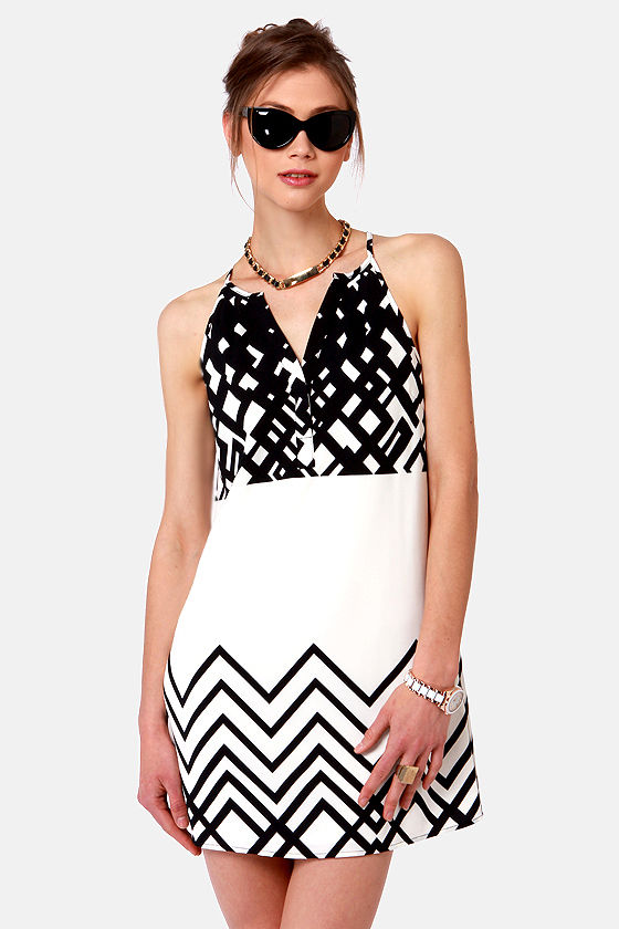 Shape Up, Shift Out Black and Ivory Print Dress at Lulus.com!