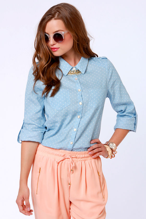 Farmer's Dotter Chambray Polka Dot Top at Lulus.com!