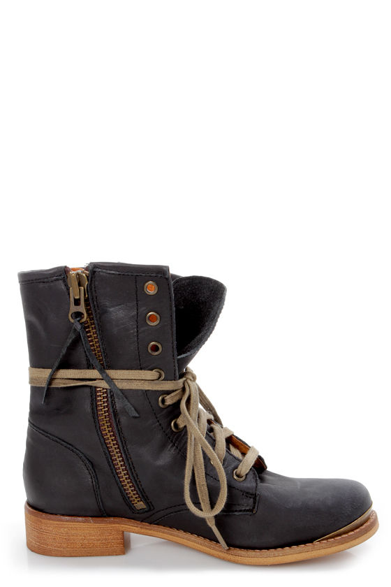 MTNG The Heroic 57240 Valle Black Leather Lace-Up Ankle Boots at Lulus.com!