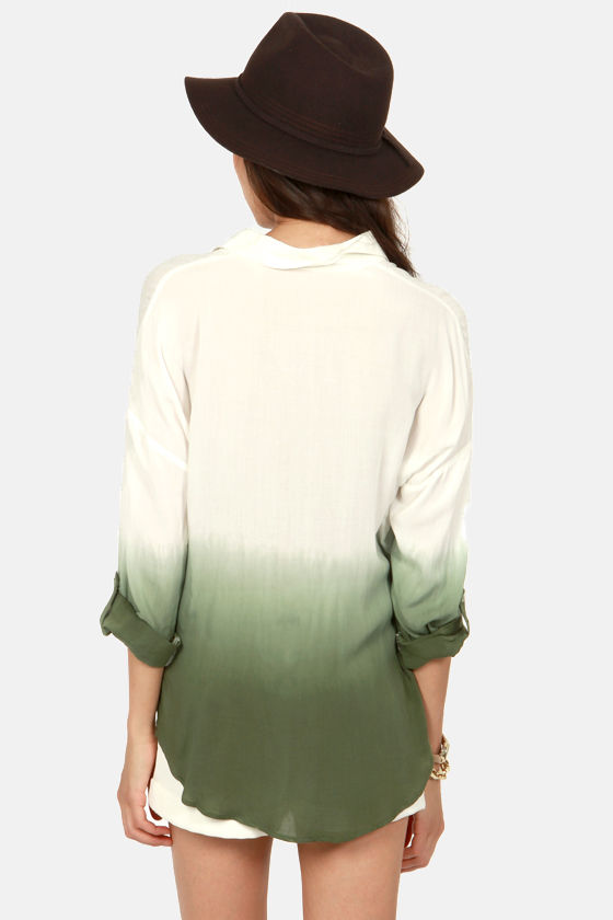 Wise Dyes Olive Green and Ivory Ombre Top at Lulus.com!