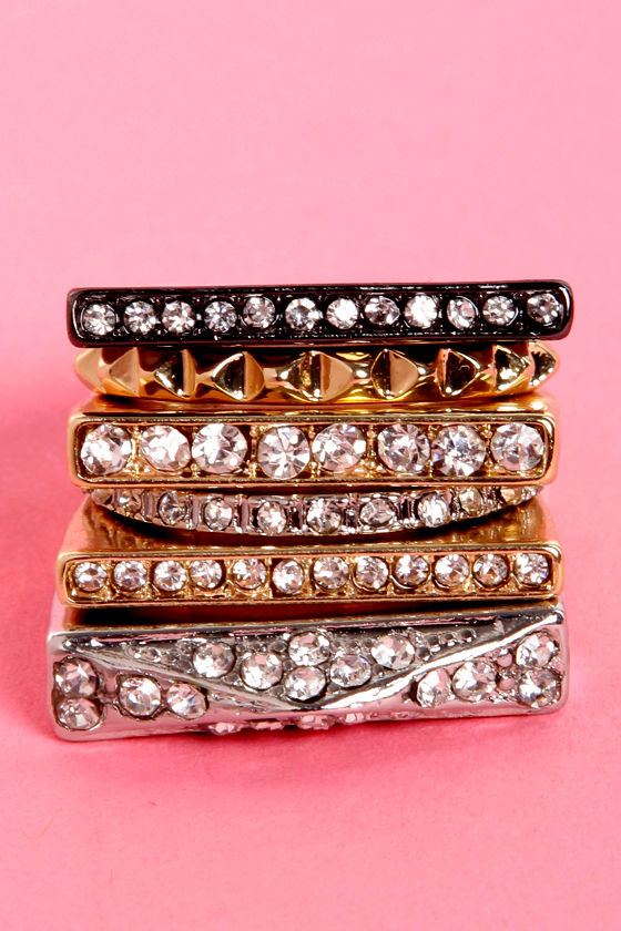 Glitter-ary Devices Rhinestone Ring Set at Lulus.com!