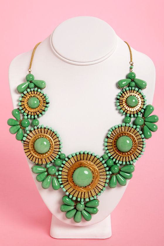 Zad Neptune's Treasure Sea Green Necklace at Lulus.com!