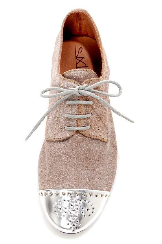 Sixtyseven Khloe Silver Waxed Suede Lace-Up Cap-Toe Oxfords at Lulus.com!