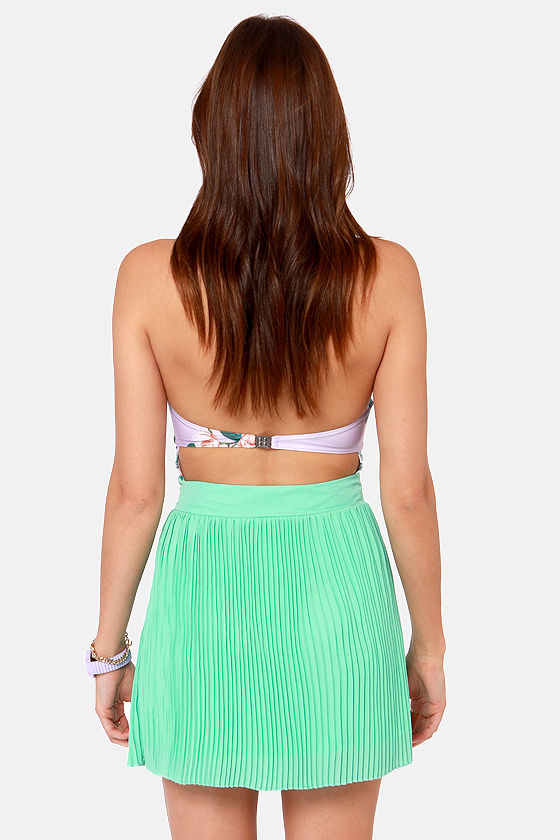 Clean Pleat Club Mint Green Mini Skirt at Lulus.com!