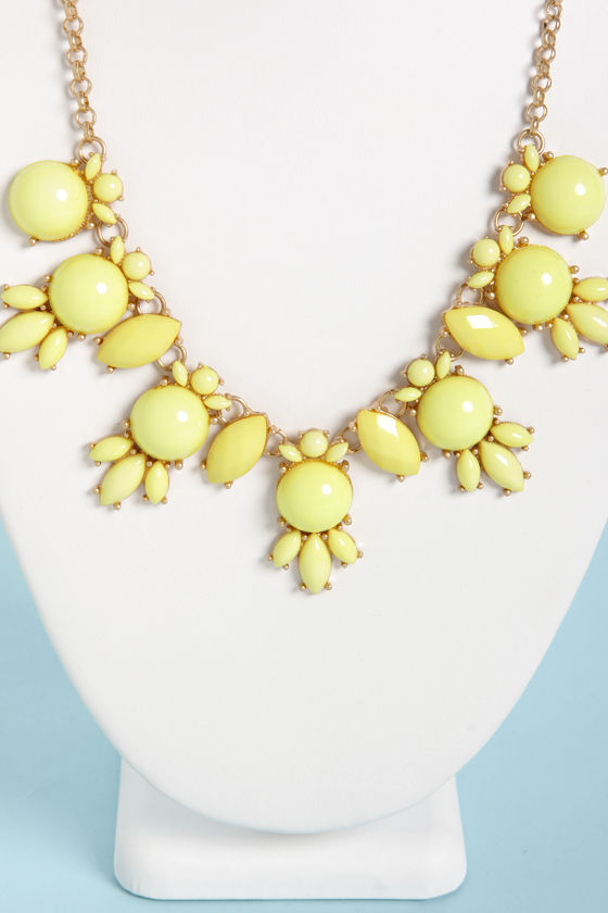 A League of Their Stone Yellow Necklace at Lulus.com!