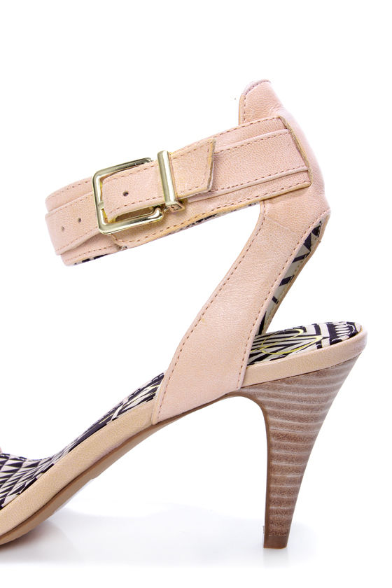 Jessica Simpson Erikk Pale Pink Single Strap Sandals at Lulus.com!