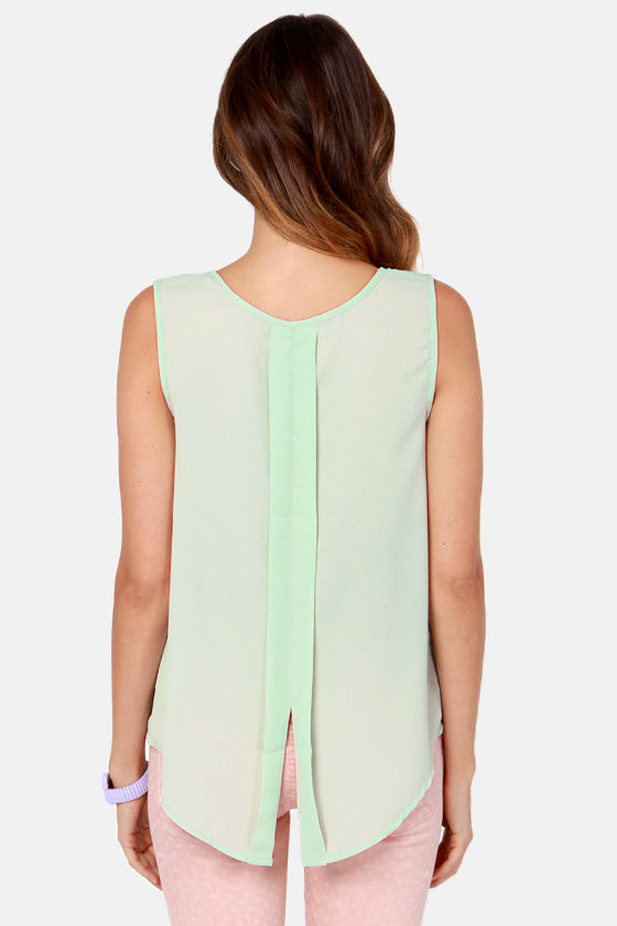 Gardenia State Sage Green Floral Print Top at Lulus.com!