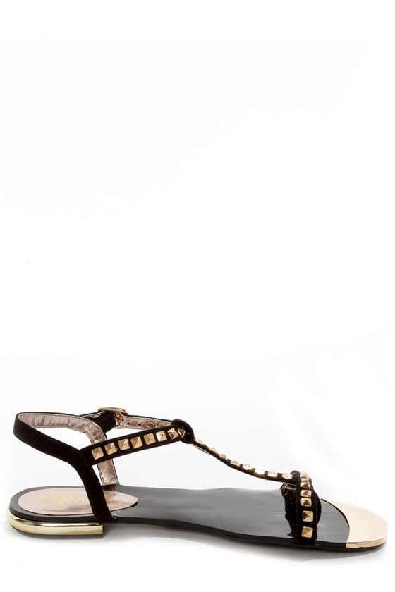 Paprika Ramada Black Suede Studded T-Strap Thong Sandals at Lulus.com!