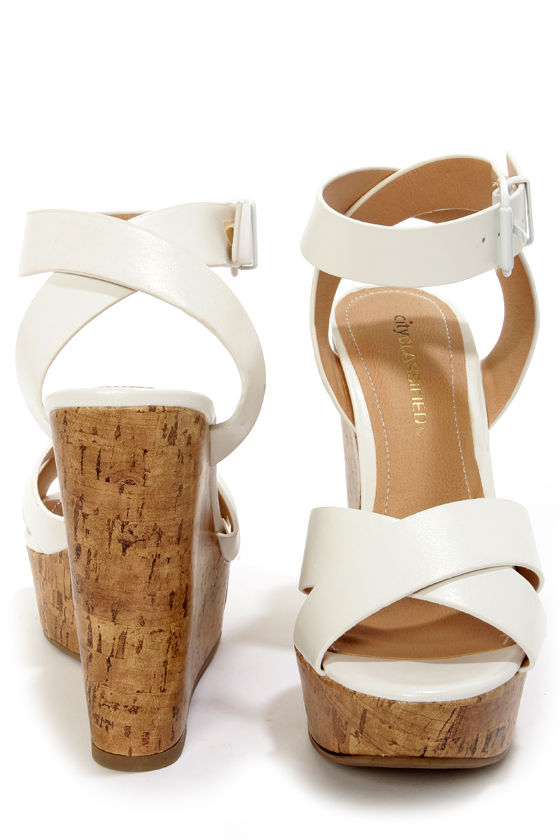 City Classified Olio White Platform Wedge Sandals at Lulus.com!