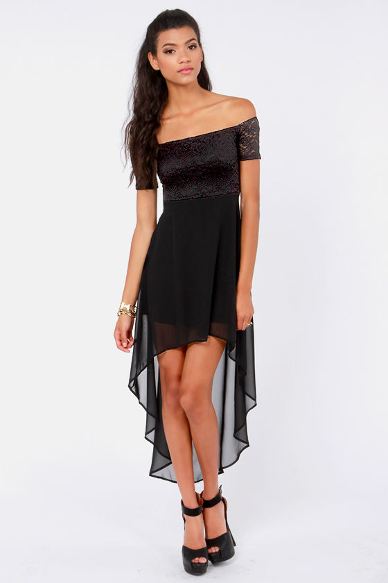 Kiss on the Chic Black Off-the-Shoulder Dress at Lulus.com!