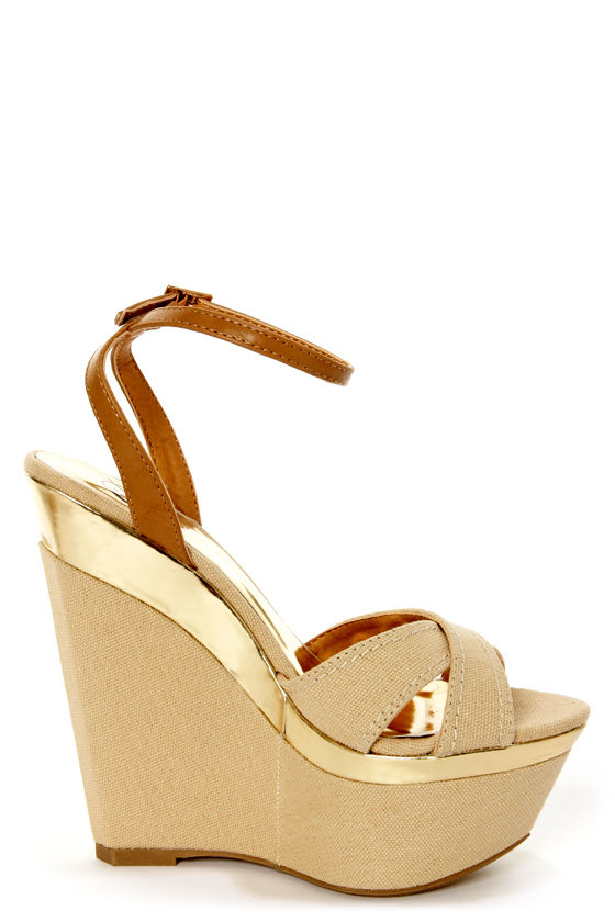 My Delicious Angeni Nude Cotton and Gold Platform Wedge Sandals at Lulus.com!