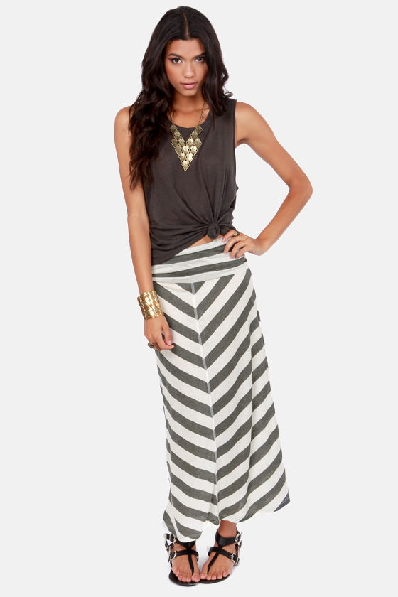 Lucy Love Cape Cod Wide Grey Striped Maxi Skirt at Lulus.com!