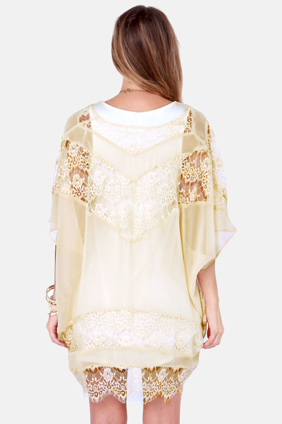 Boudoir Favorite Cream Lace Kimono Top at Lulus.com!